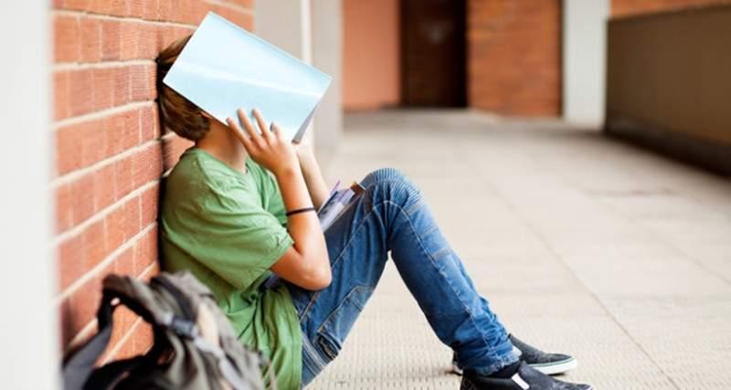 快快射给老师飘飘欲仙 老师不是人与未成年学生的乱伦之爱