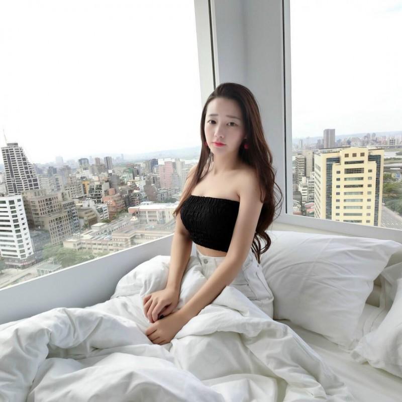 台湾美女正妹欣培Mandy 甜美气质宛如邻家女孩